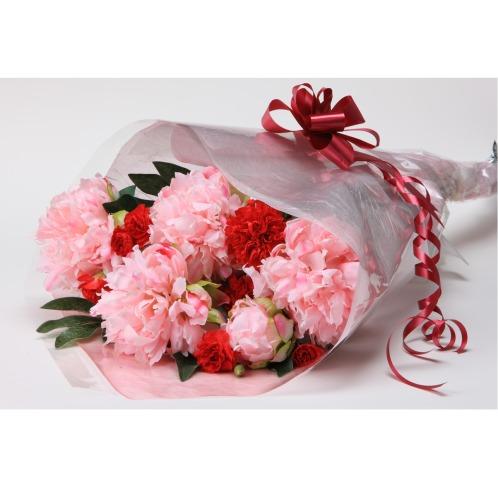 芍薬とカーネーションの 花束