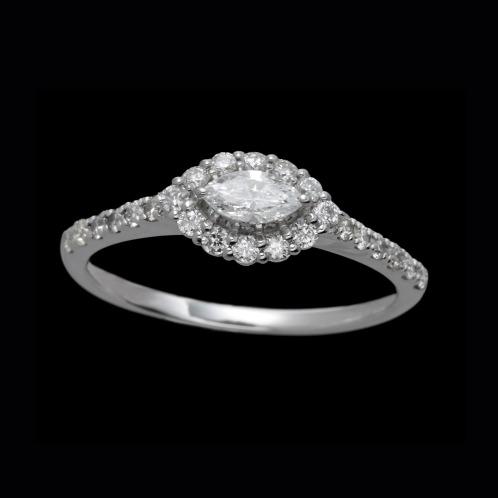 プラチナストーリー プラチナ900 0.5カラットUP マーキース&ラウンド ダイヤモンドリング