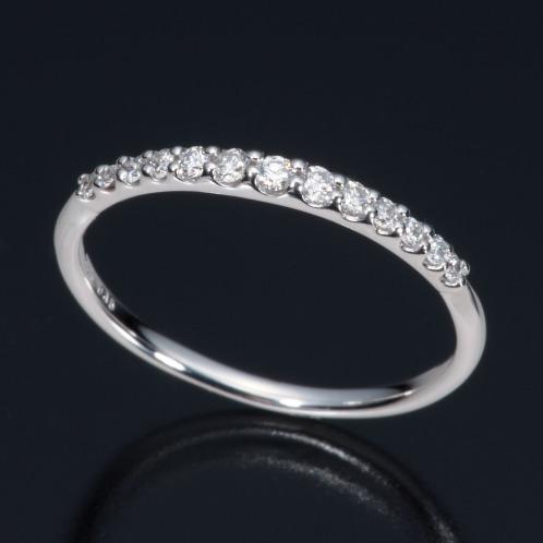 ジュビリー バイ ブルーリバー ダイヤモンド ジュビリー18K ダイヤモンドグラデーションラインリングの画像