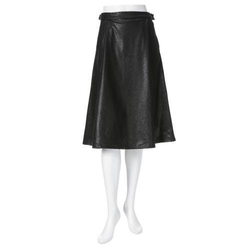 ラ ヴァーグ デトワール ラ ヴァーグ デトワールフェイクレザーフレアースカート(スカート ファッション)の画像