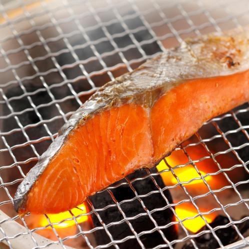 こだわりの逸品! ロシア産 紅鮭の灰干し(惣菜・パン・その他 グルメ・お酒)の画像