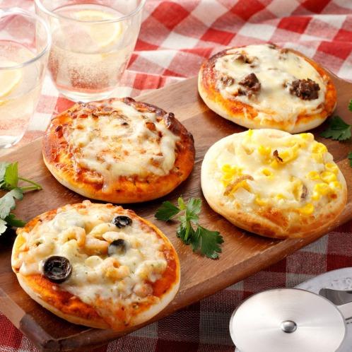 トレビ 春限定! ふっくらもっちりミニピザ4種セット(惣菜・パン・その他 グルメ・お酒)の画像