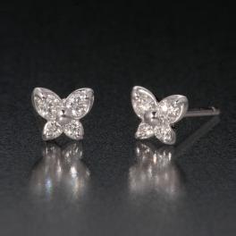 ジュビリー プラチナ900 ダイヤモンド バタフライモティーフ プティピアス