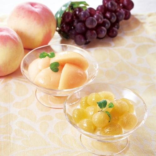 <2種 計6缶セット>岡山県産白桃とピオーネ缶詰