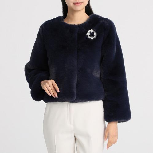 ブルーコレクションブローチ付エコファーノーカラージャケット