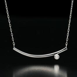エムイー・ブリランテ プラチナ900 ダイヤモンド バーモティーフ ネックレス
