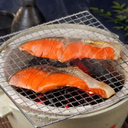 目利き人厳選 厚切り! ロシア産天然紅鮭切身
